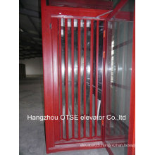 Elevator cabin foor folding door