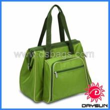 Durable insulated picnic bag