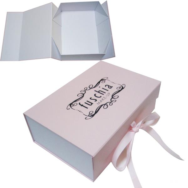 collapsible gift box with ribbon close