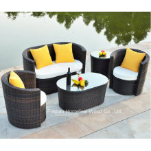 Comfortable 4 Pieces Outdoor Wicker Garden Sofa Set