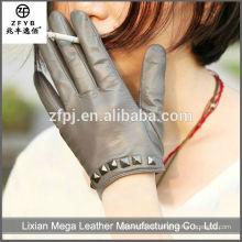 Mode Frauen Leder Handschuhe mit Nieten