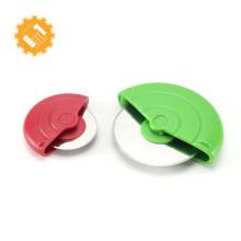 Buen agarre vendedor caliente fácil de limpiar rueda y cortador de pizza