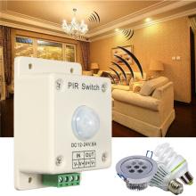 Interruptor de luz infravermelho automático do sensor de movimento de 8A 12V ~ 24V PIR para tiras do diodo emissor de luz