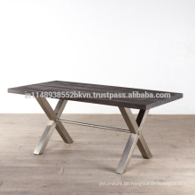 Industrielle Vintage Holz Top und Metall Beine Esstisch
