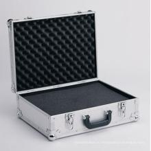 Алюминиевый корпус с подкладкой пены (BT44323)