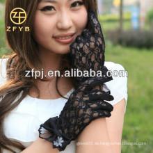 Einfachheit Frauen Günstige Vintage Sheer Floral Lace Handgelenk Länge Handschuhe