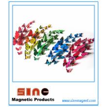 Simulación tridimensional multicolor del imán del refrigerador de la mariposa
