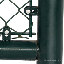 pequeno buraco elo da cadeia cerca portão de balanço duplo