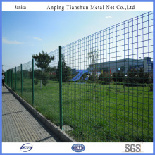 High Quality Round Post Bended Road Fence (TS-J31)