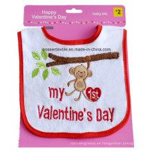 Terry de algodón promocional bordado en blanco el día de San Valentín con velcro personalizado babero para bebés