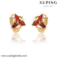 28230 Xuping Fashion Charm en forma de corazón 18k pendiente chapado en oro Huggie