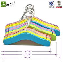 Высокое качество красочной детской одежды деревянные вешалки