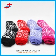 Latest Winter Fashion Knitted Floor Socks For Ladies