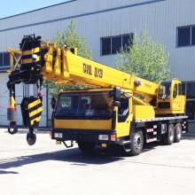 Camión de 30 toneladas con grúa
