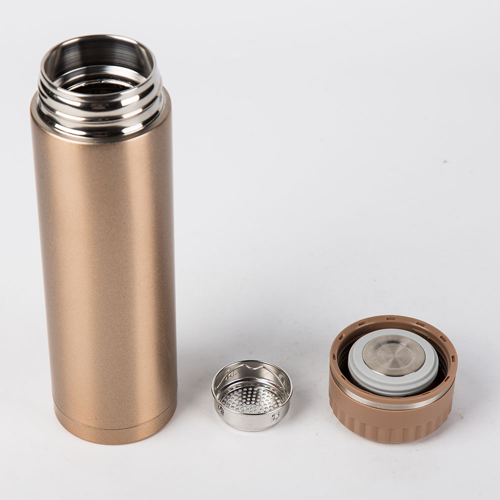 USA Vacuum Thermos Water Bottle