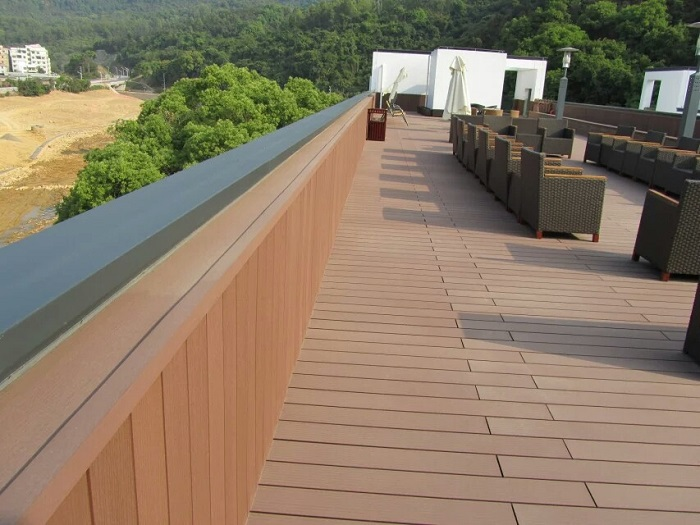 Anti-uv Wpc Decking