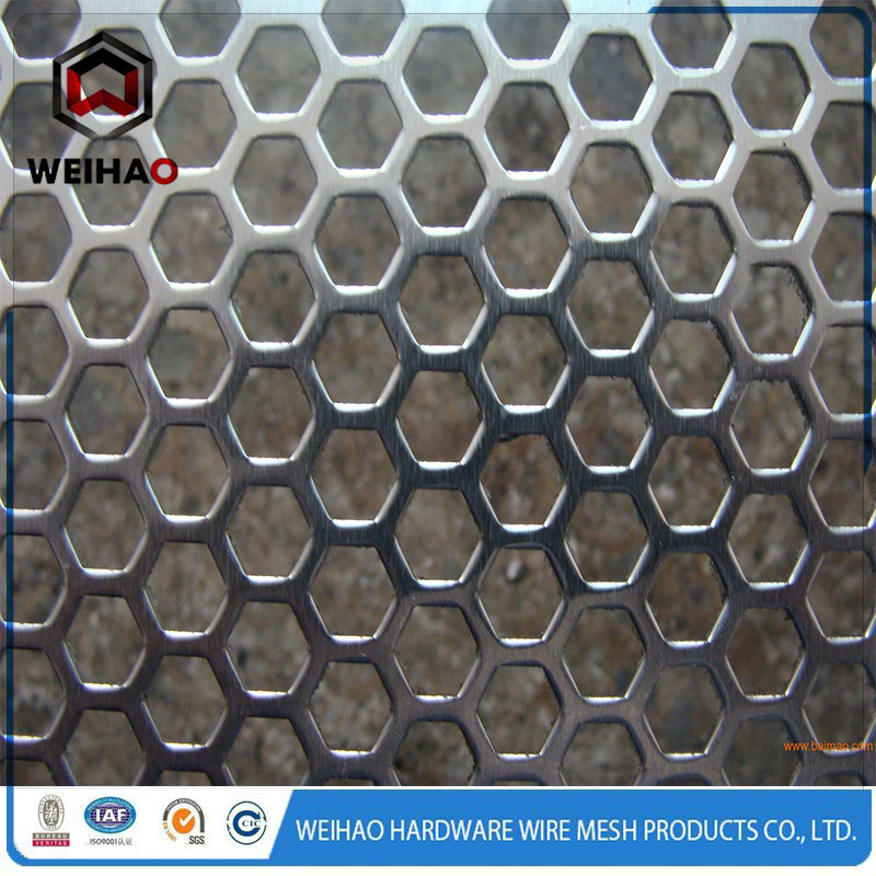 punched wire mesh 3