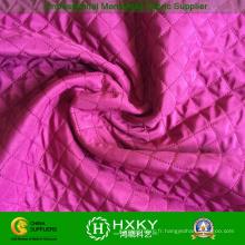 Tissu en polyester matelassé avec motif à losanges