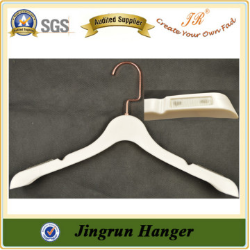 Reliable Quality Plastic Dress Hanger Clothes Hangers Wholesale