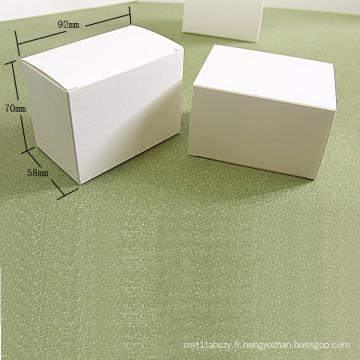 Boîte à cartes pliante en papier kraft blanc