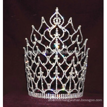 large pageant tiara with pearl