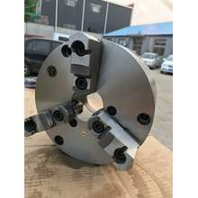 Precision adjustable 3Jaws self-centering chuck