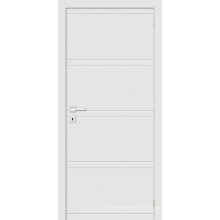 Puerta interior de madera blanca