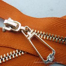 Manufacturer Plastic Slider Metal Zipper for Wholesale #5 Zipper