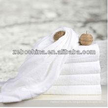 Toalla de cara blanca del hotel de la alta calidad del algodón 100% disponible de la insignia de encargo