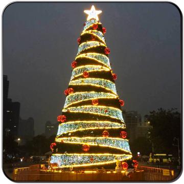 Led artificial árvore de Natal com enfeites de conjunto inteiro