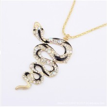 Fashion Crystal Rhinestone spiral snake with black enamel gold plate metal alloy Necklace Pendant