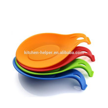 Heat resistant durable silicone kitchen accessory spoon holder