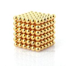 Boules magnétiques magiques permanentes NdFeB d'électrodéposition d'or de N35 de 5mm
