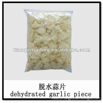 2011 garlic flakes