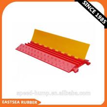 Protección de cable subterráneo de PU de plástico amarillo de la chaqueta