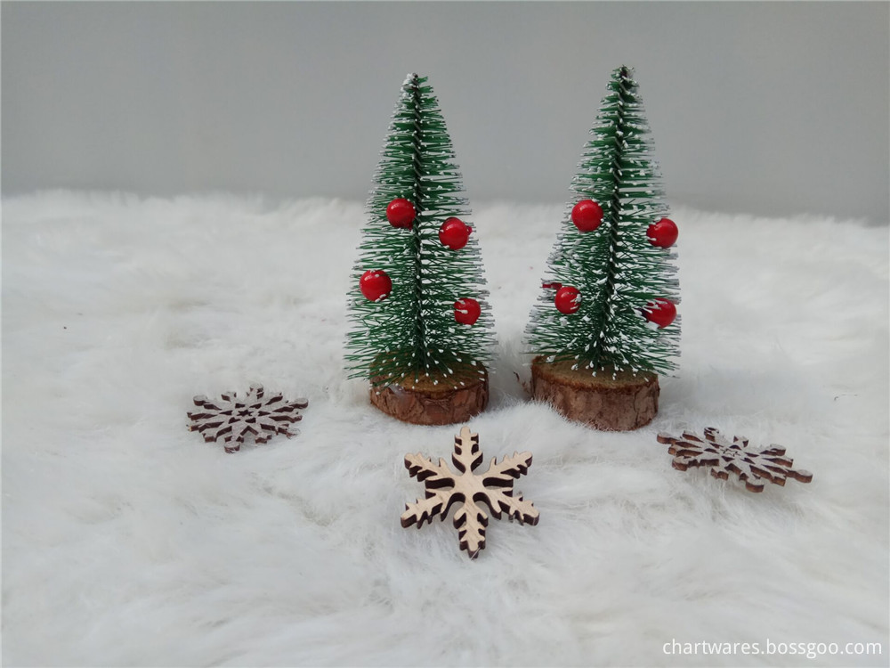 lovely wooden chirstmas tree