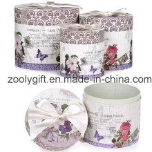 Boîte en carton ronde à cadeau personnalisé avec ruban décoré