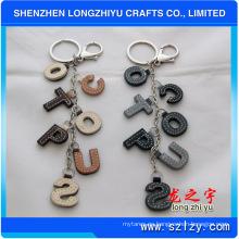 Llavero de cuero Llavero de letras de cuero con anillo de metal