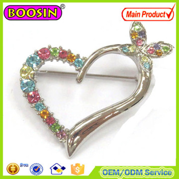 Broche de port quotidien, broche en forme de coeur affectueux en strass