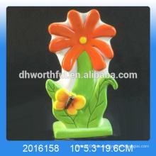 Excelente diseño de humidificador de flores de cerámica con decoración de mariposa para el hogar