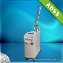 Forte poder Q Switch ND: YAG máquina de remoção de tatuagem a laser