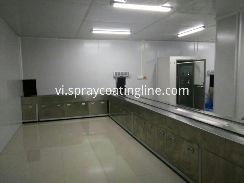 autoamtic spray painting line loading