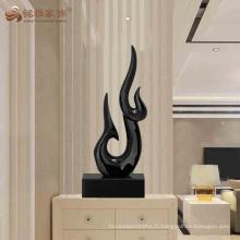 Nouveau design décoration moderne résine abstraite sculpture en forme de feu pour gros