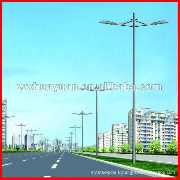 Poteau de la lampe de rue