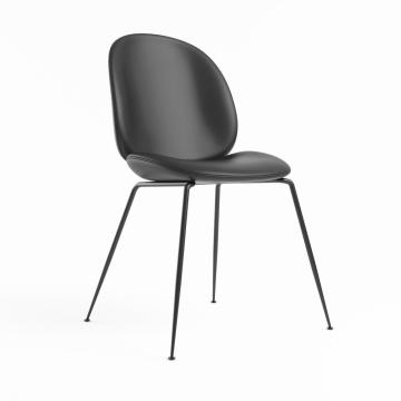 GamFratesi Beetle Dining Chair para Gubi