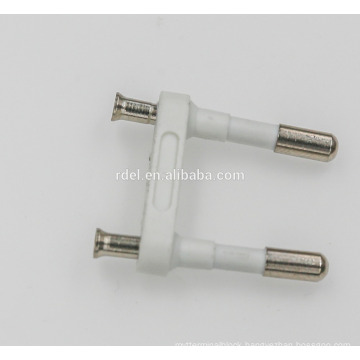 2.5 a two-pin plug insert with 4.0mm brass pin ( electrical 2.5 a parallel 2 pins plug insert )