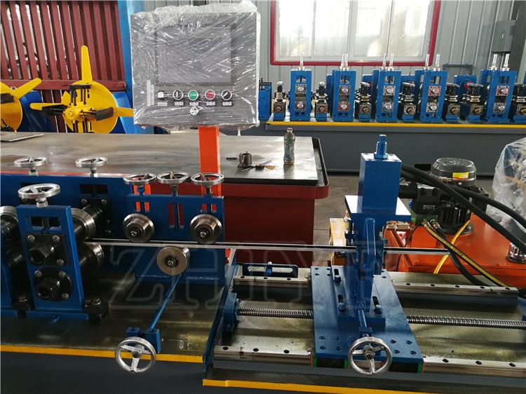 roller former machine