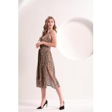Robe midi à bretelles à imprimé léopard
