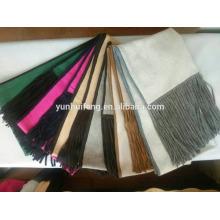 Kaschmir-Schal mit gestrickter Fransen