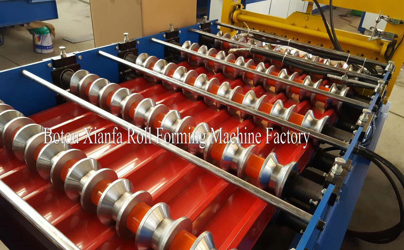 TR 25 roll forming machine